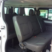 trafic minibus 9 places clovis location castres. Black Bedroom Furniture Sets. Home Design Ideas